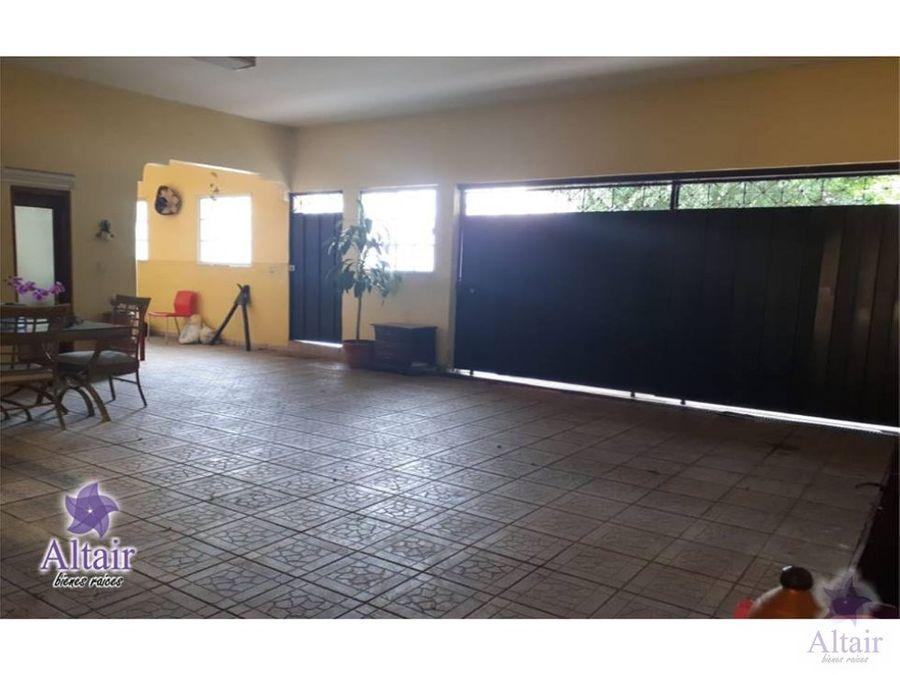 se vende casa en loarque