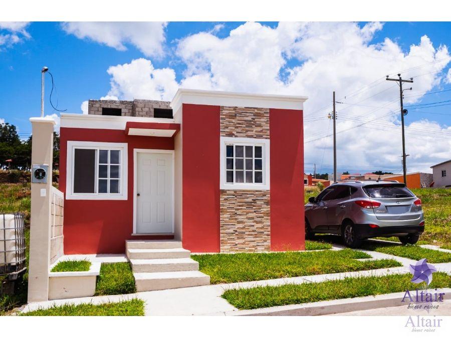 se venden casas residencial santa cristina