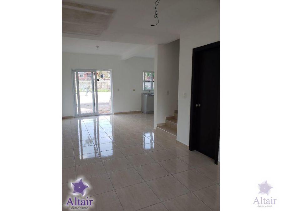 se venden casas nueva en villa barcelona