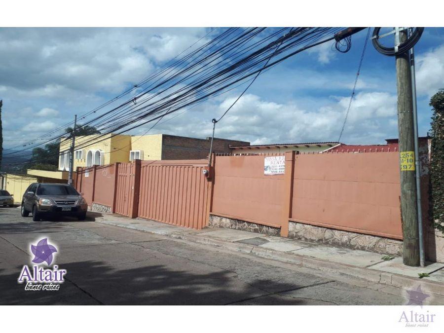 se vende casa en lomas del mayab