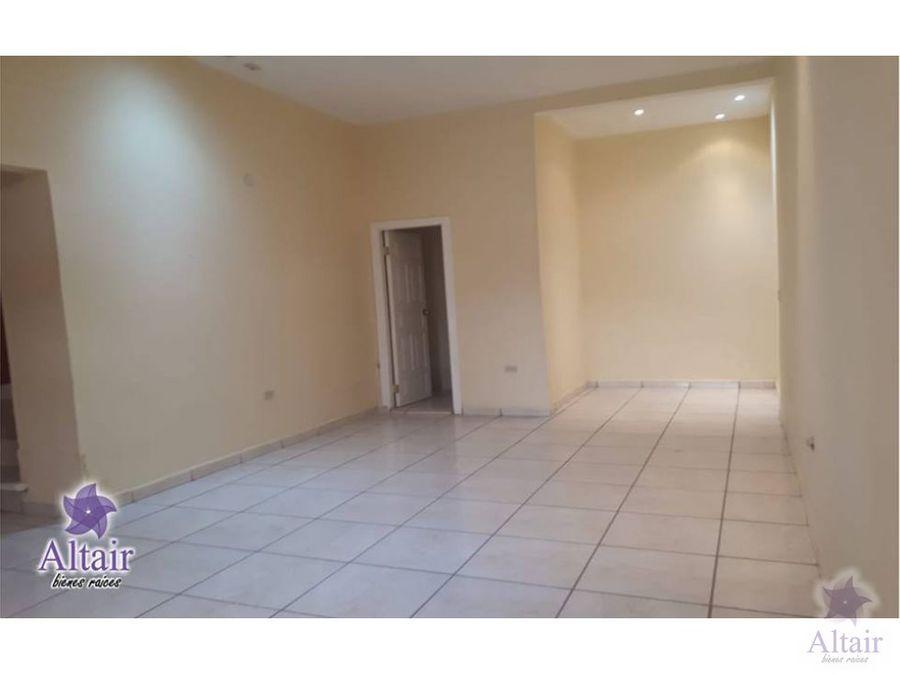 se vende casa en el hogar