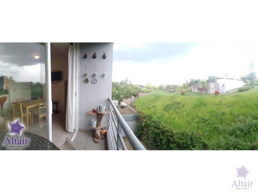se alquila apartamento 100 amueblado en ecovivienda