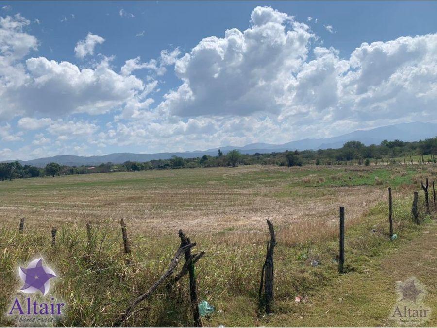 se vende terreno plano en comayagua