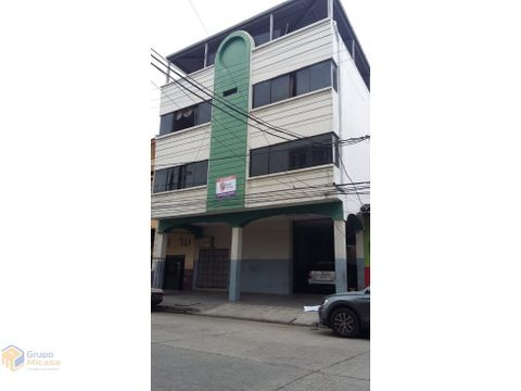edificio de 4 pisos en av del ejercito