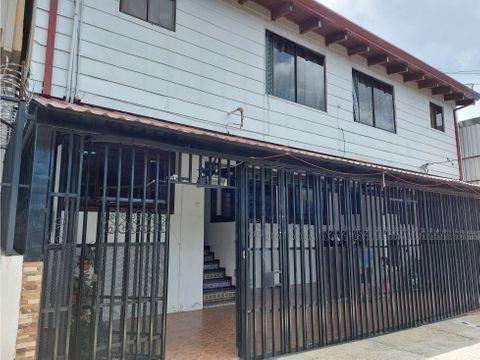 complejo de cinco apartamentos en venta