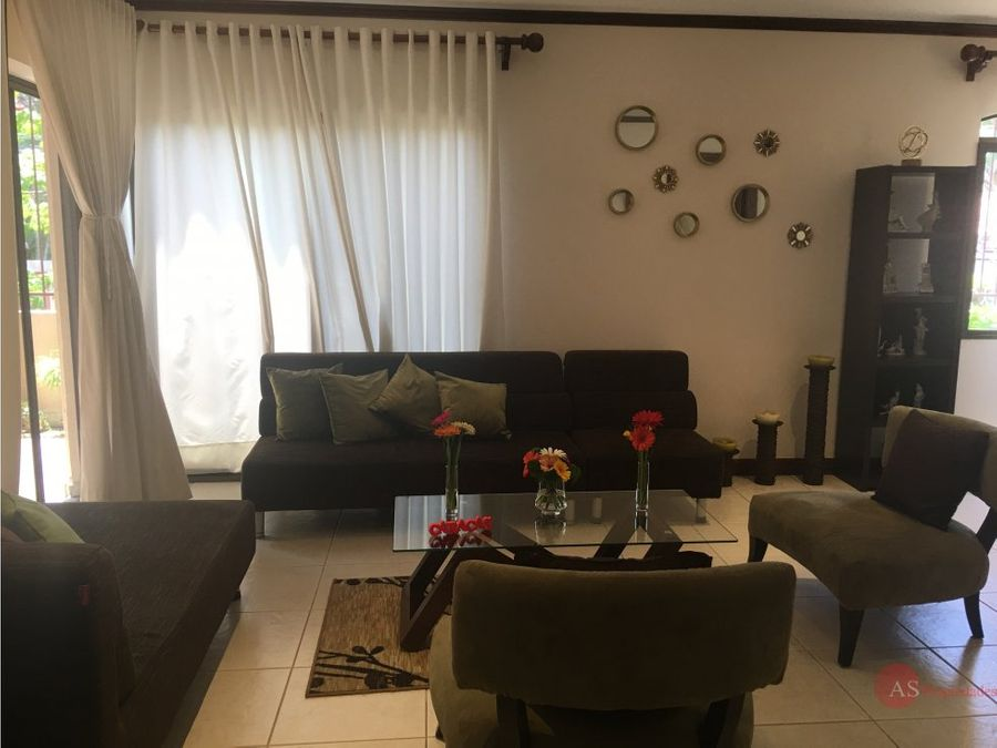 condominio en loma real