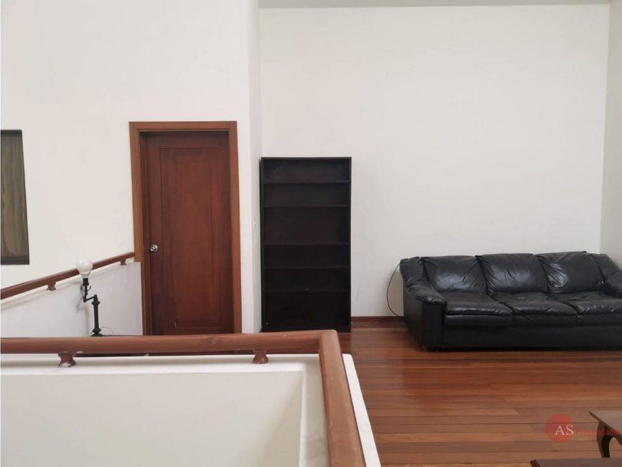 casa en condominio santa ana