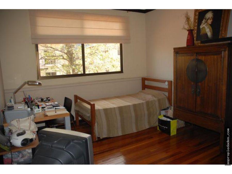 casa en condominio contemporaneo y familiar