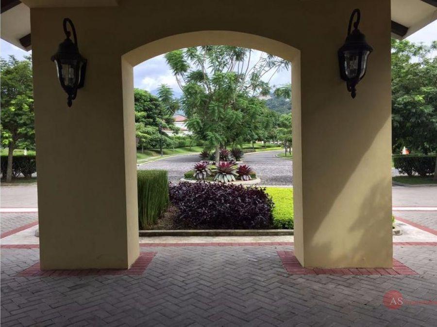 lote a la venta condominio la hacienda santa ana