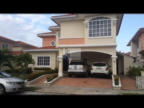 casa en venta en villa valencia id 10313