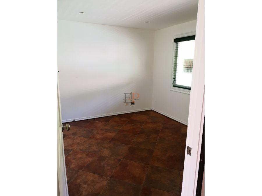 se vende casa en gamboa