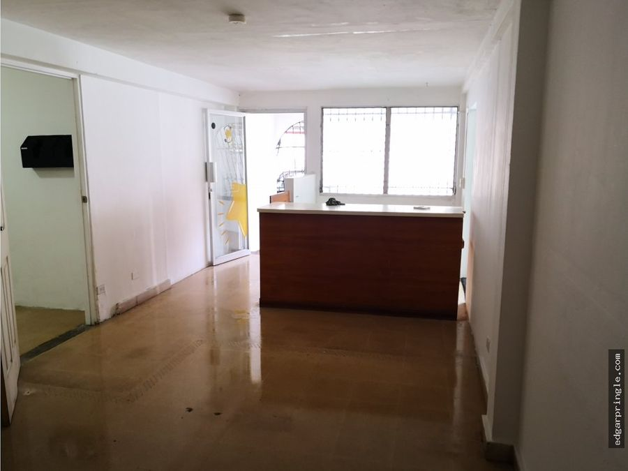 se alquila local comercial calle 50