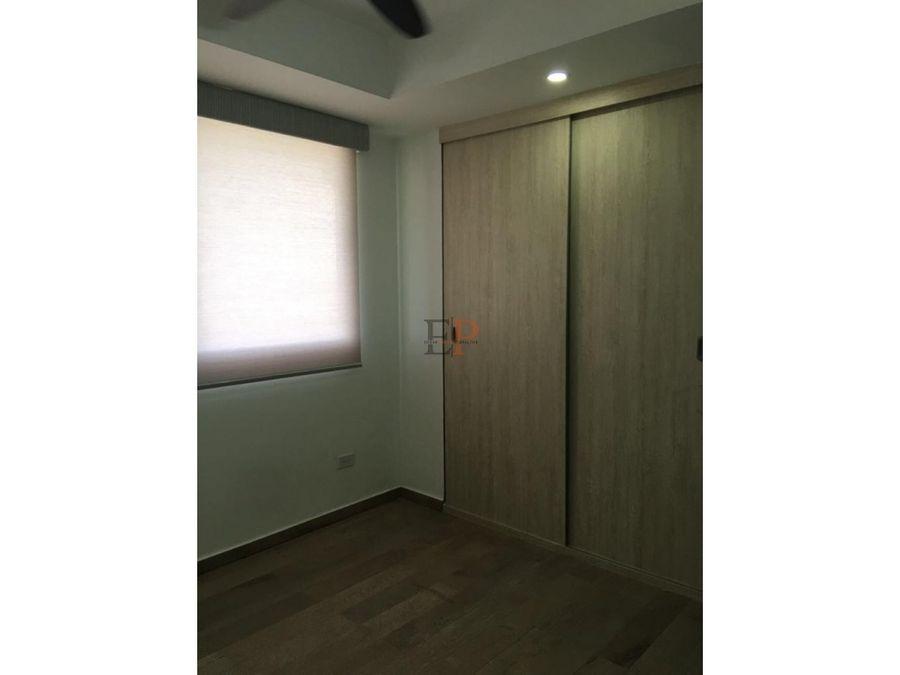 se alquila apartamento ph met view