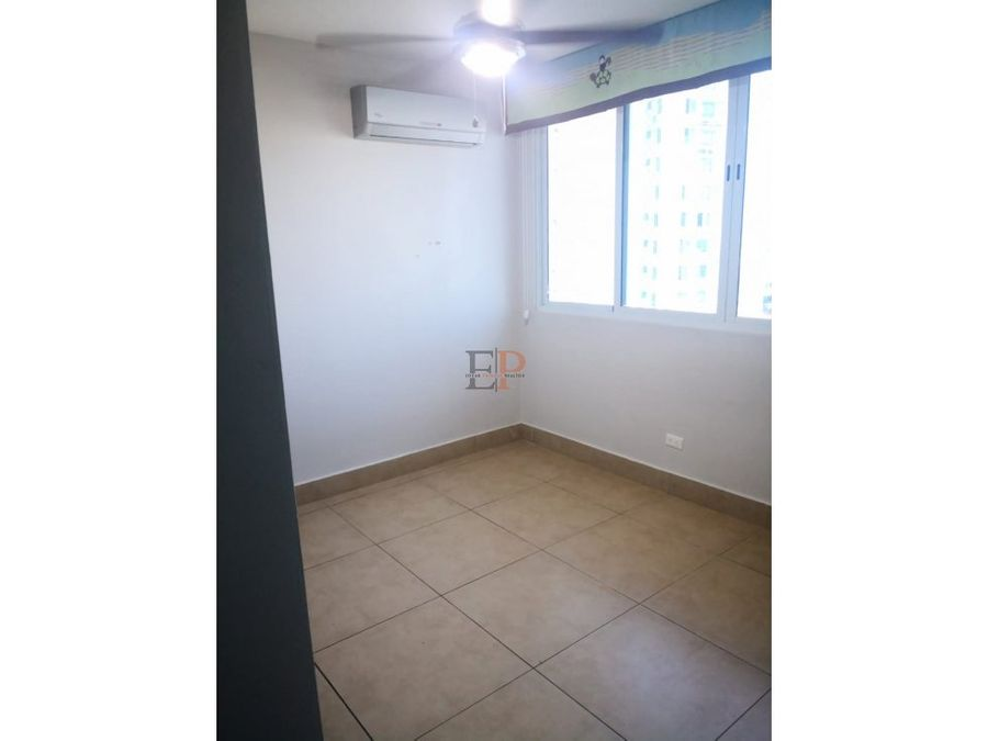 se alquila apartamento ph foresta tower