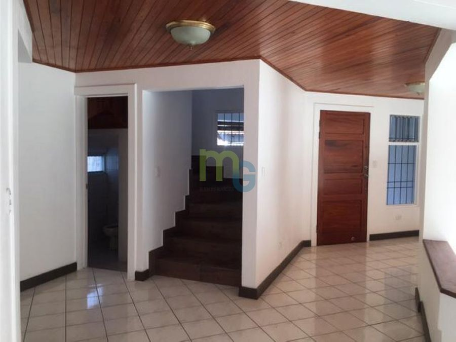 venta de casa en guayabos de curridabat