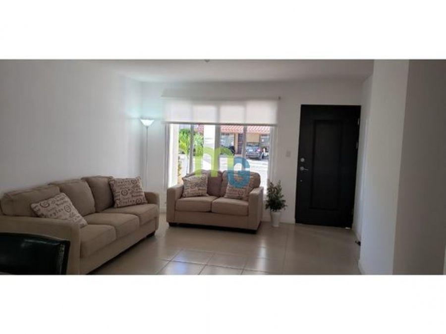 alquiler de casa en condominio en ciudad colon
