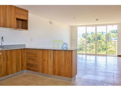 venta de penthouse en condominio en curridabat