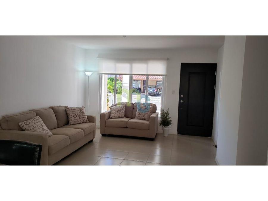 venta de casa en condominio en ciudad colon