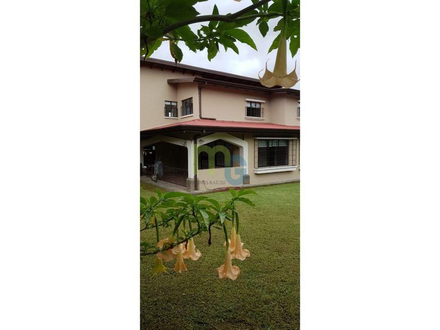 alquiler de casa en residencial exclusivo en curridabat
