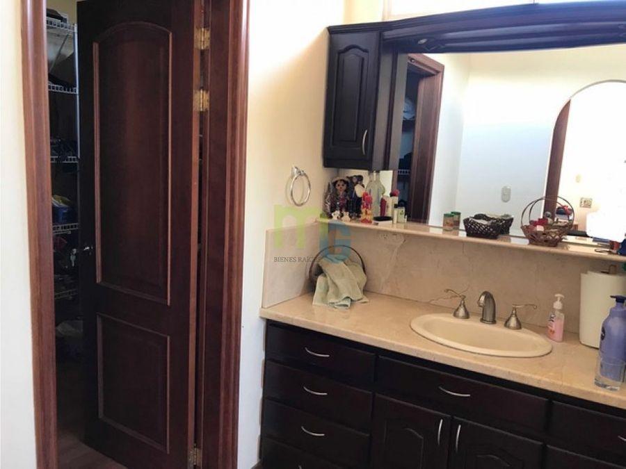 venta de casa en condominio en pinares curridabat