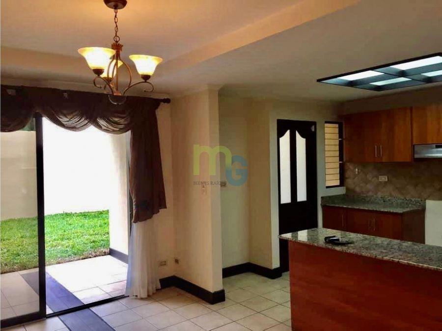 venta de casa en condominio en curridabat