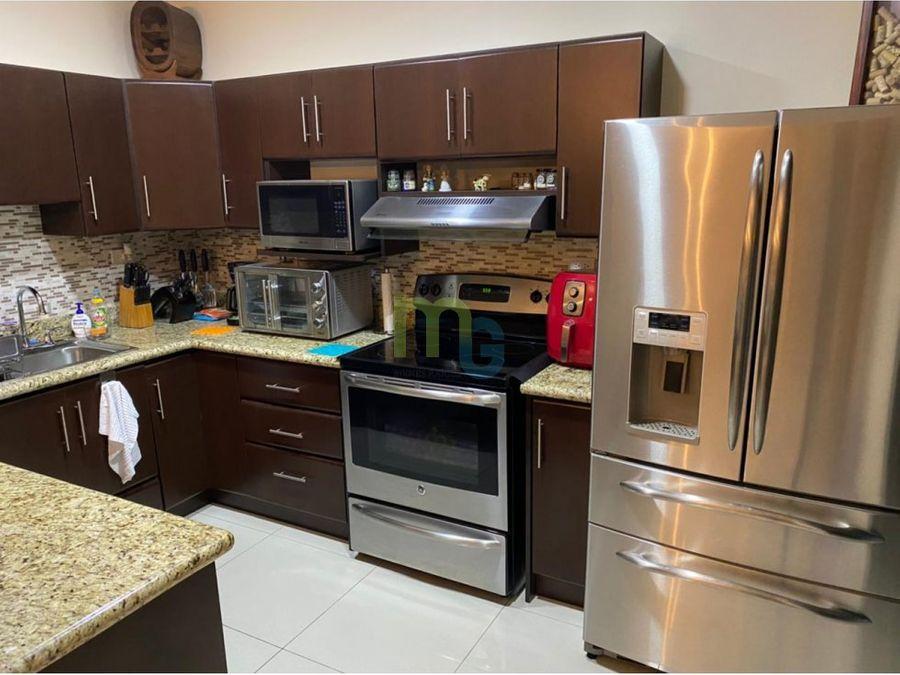 venta de casa en condominio en tres rios