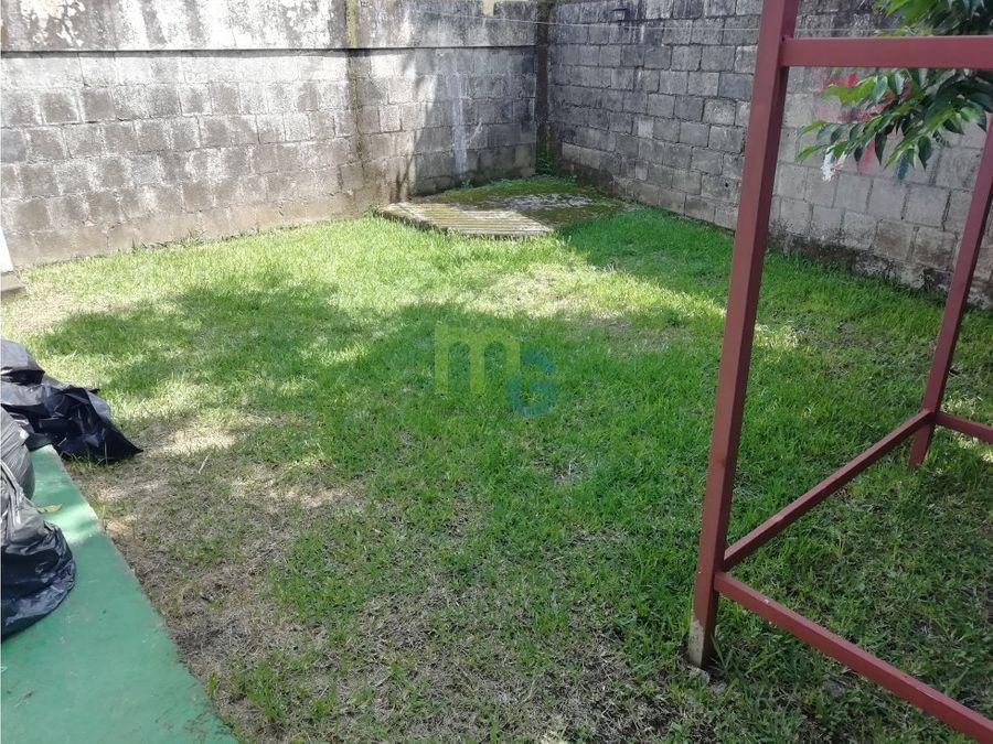 alquiler de casa de una planta en zapote