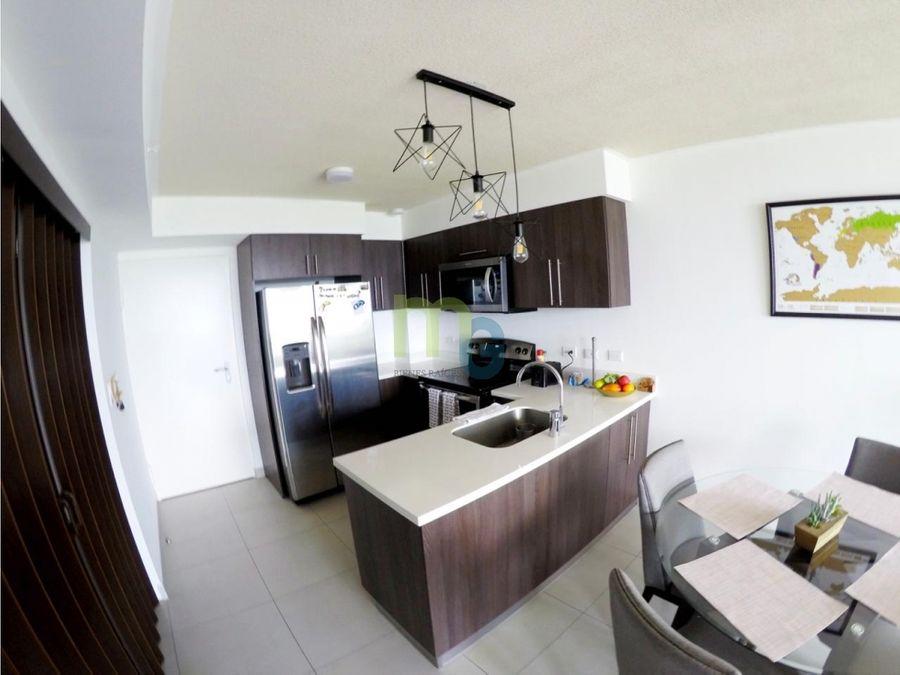 alquiler de apartamento amueblado en condominio en heredia