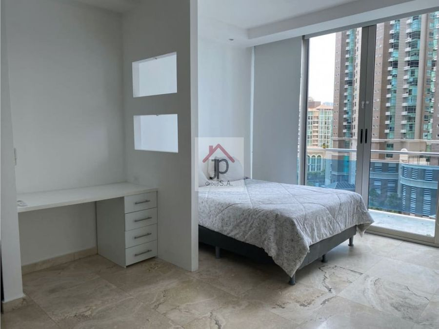 vendo o alquilo apartamento con terraza en punta pacifica