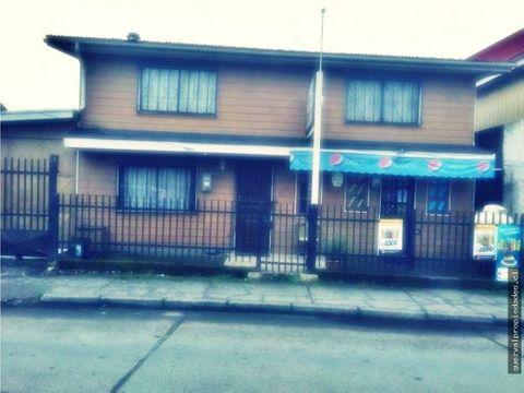 vende casa con local comercial