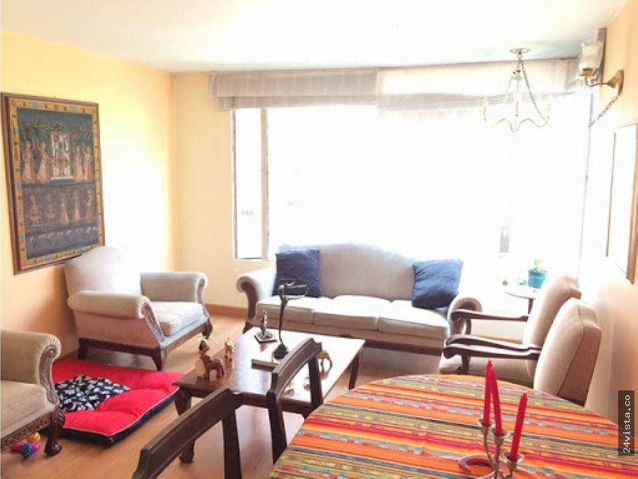 se vende apartamento en el recodo del country 209