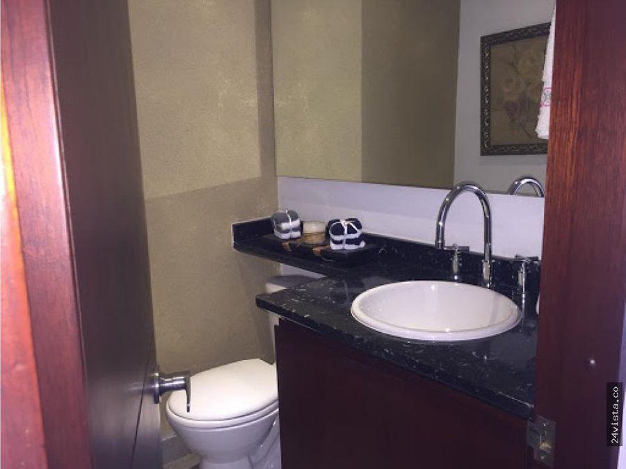 se vende apartamento en niza 133