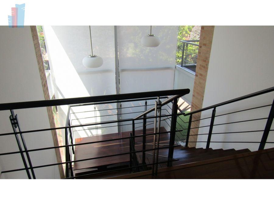 se vende casa en guaymaral