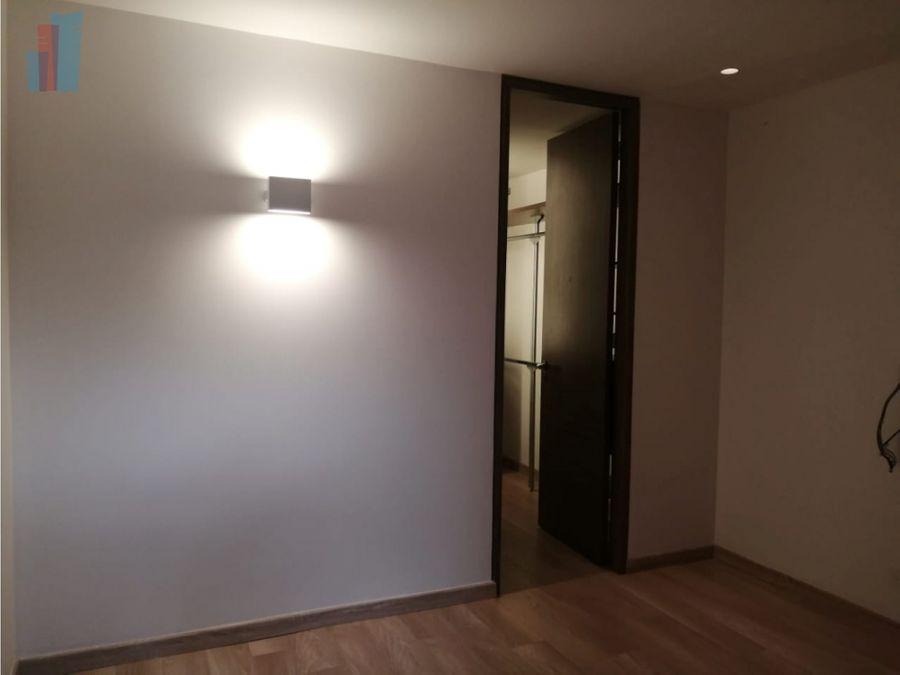 se vende apartamento en santa barbara