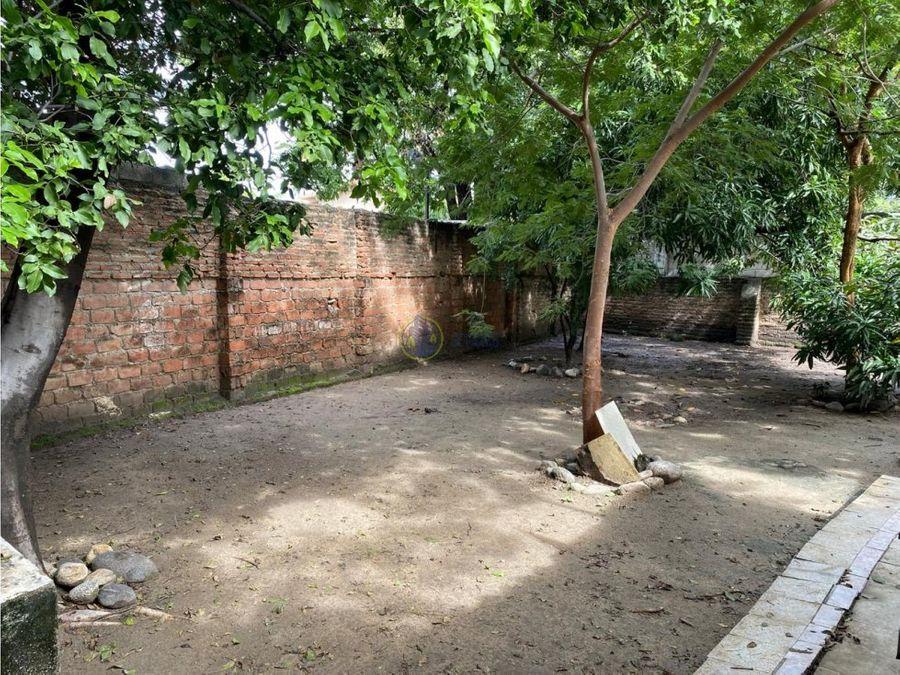 se vende casa en barrio mamatoco