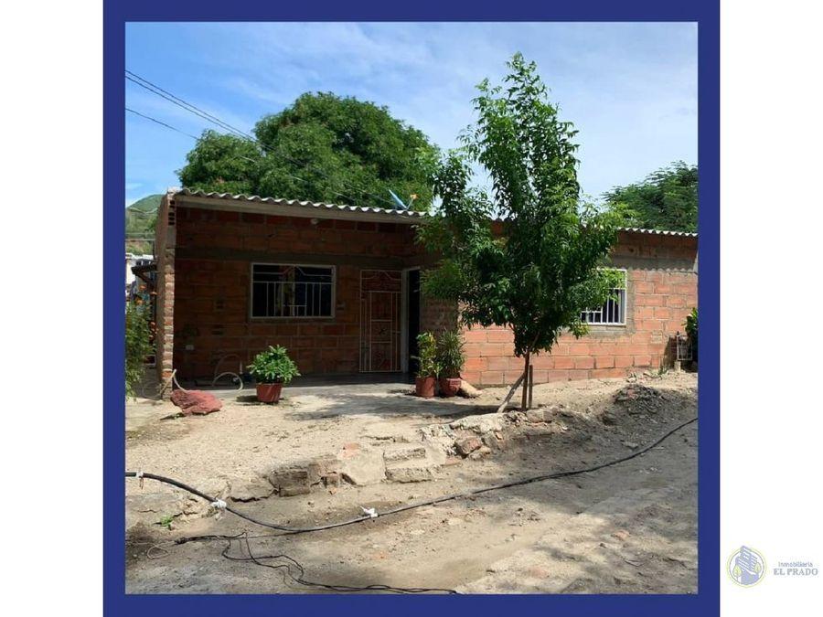 se vende casa en el barrio los olivos