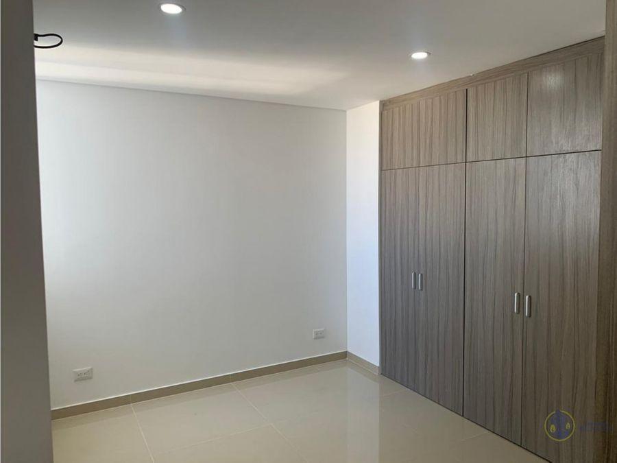 se vende apartamento en edificio davinci soriano