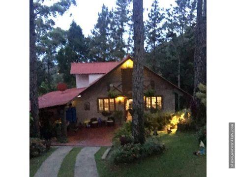 hermosabella cabana ubicada en cerro azul