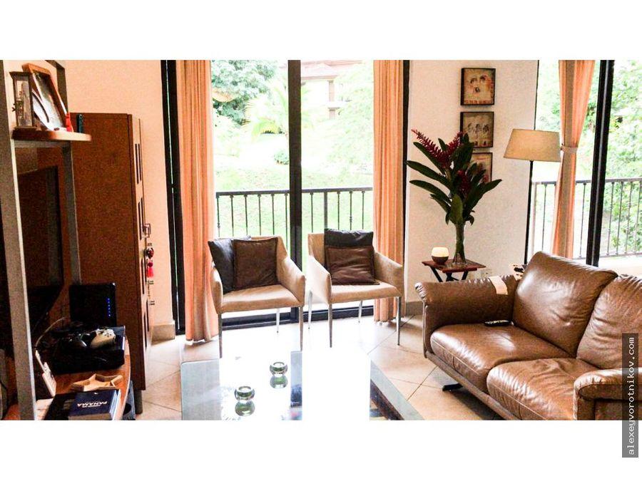 se vende apartamento en embassy club