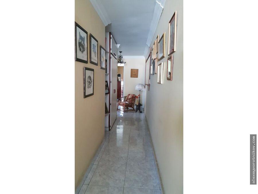 se vende amplio apartamento en san francisco