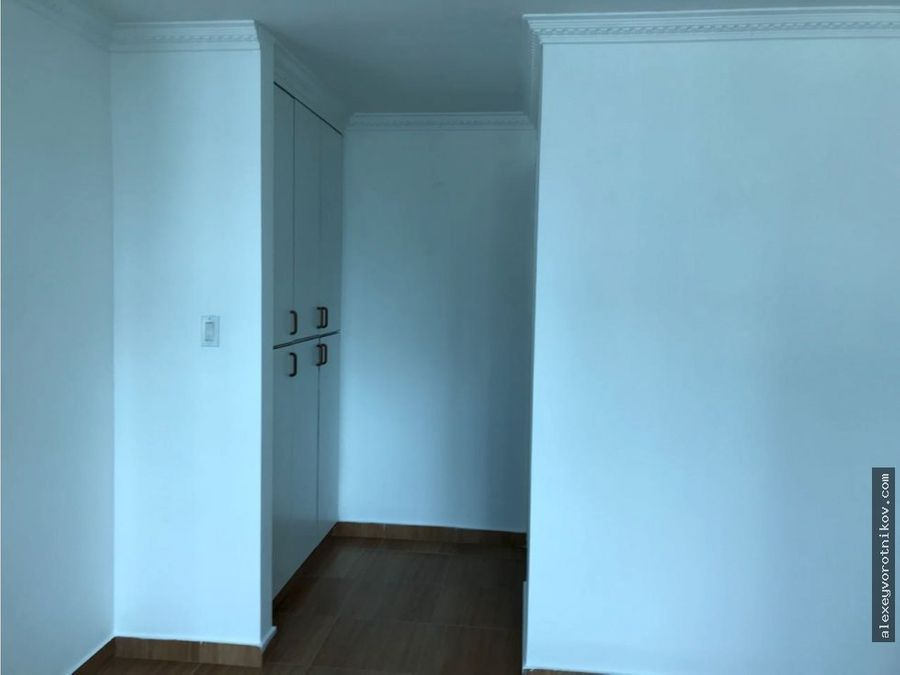 se vende apartamento en ph brisas de marbella mg