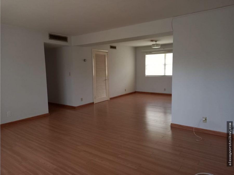 gran oportunidad en vivir en clayton se vende apartamento