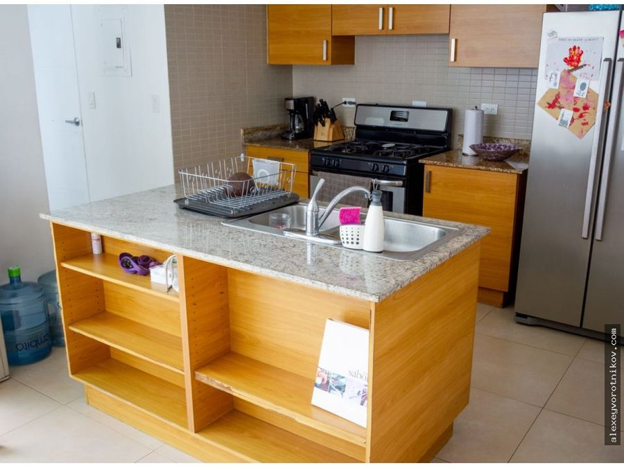se vende apartamento ubicado en san francisco mg