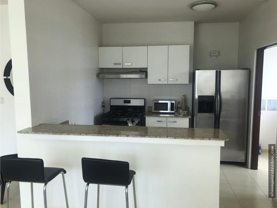se alquila apartamento en ave balboa ph grand bay