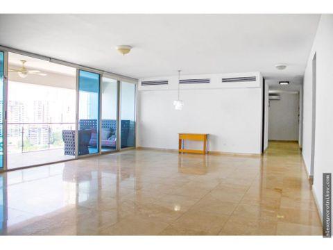 hermoso apartamento con una estupenda vista en ph aqualina mg