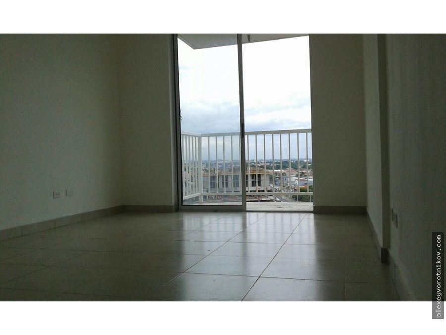 se alquila apartamento en ph mystic tower mg