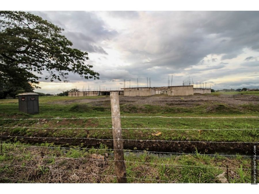 6 hect property former ocean mall puntarenas
