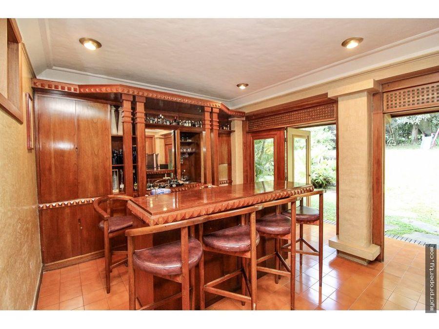 tremenda casa en guayabos de curridabat 450000