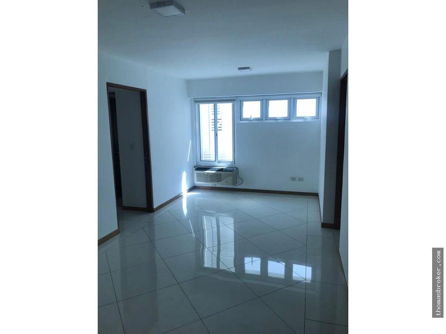 se alquila apartamento amplio 3hab evaristo