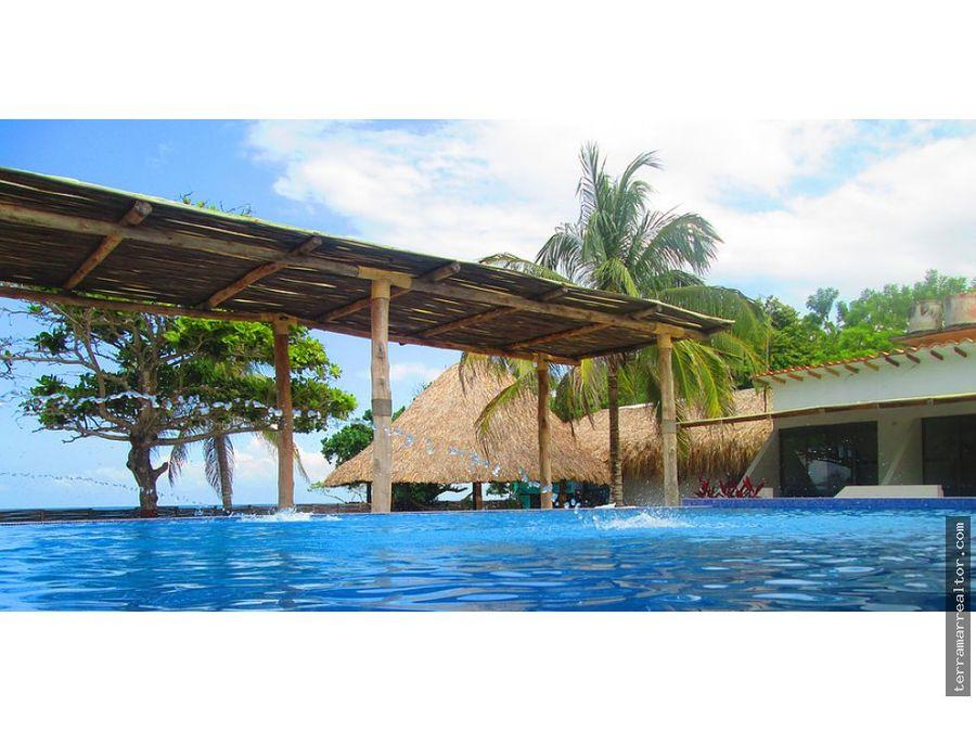 cabanas de 2 a 8 persona con piscina